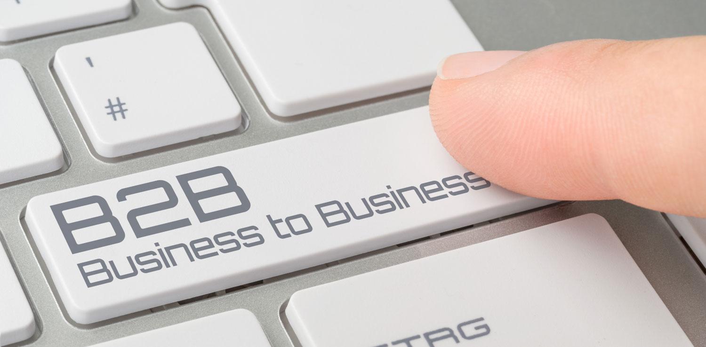 "PC keyboard knapp med tekst som står ""B2B - business to business"""